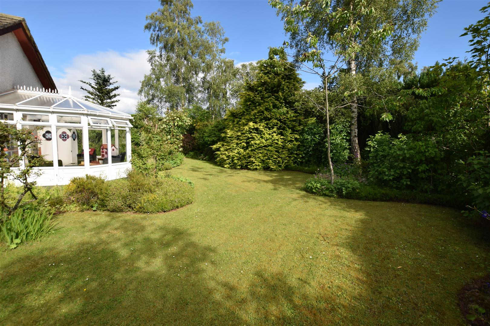 6, Fraser Avenue, Wolfhill, Wolfhill Perth, Perthshire, PH2 6DG, UK